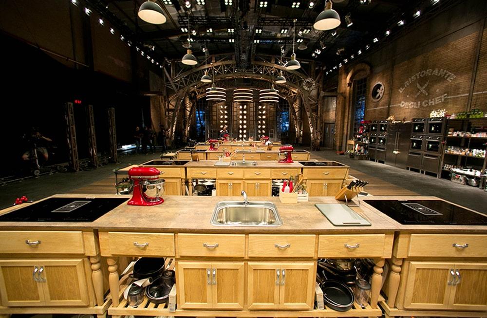Faber helps cook great Italian food in the Ristorante degli Chef talent show