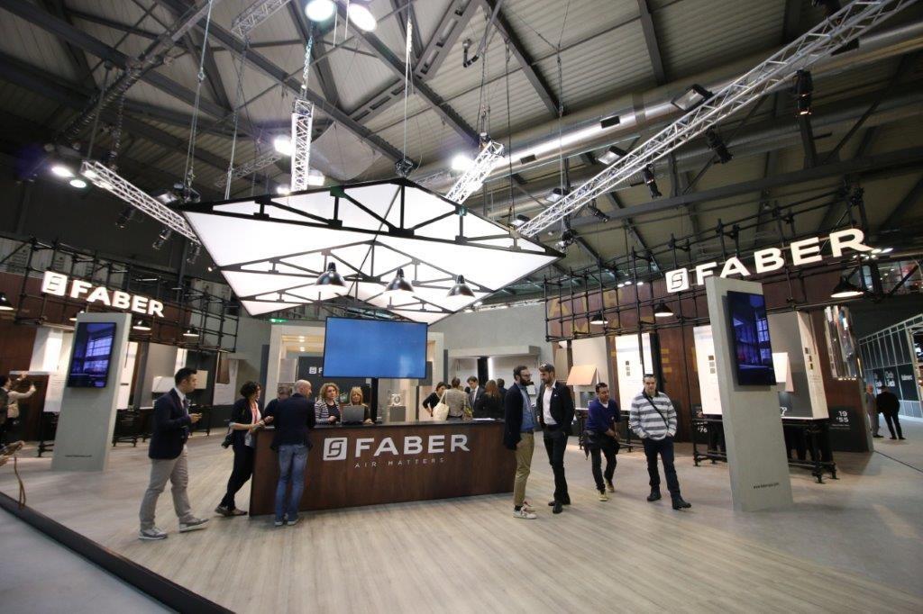 In occasione di Eurocucina 2016, Faber presenta 15 nuovi modelli tra novità e concept per conoscere tutte le innovazioni del settore