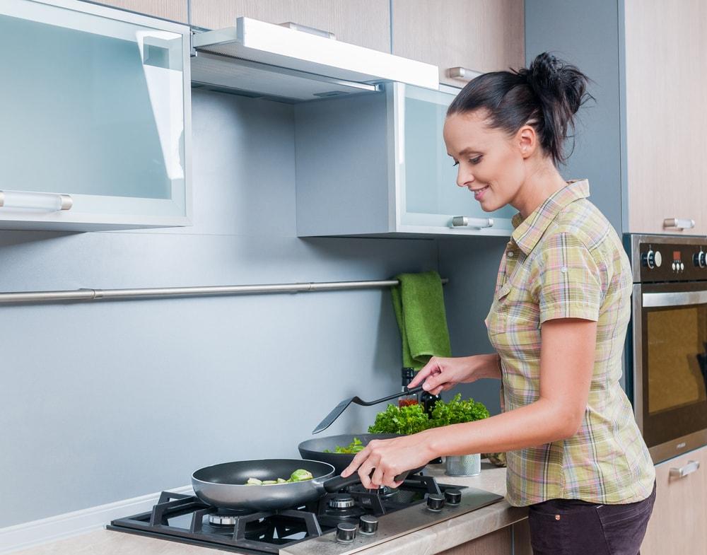 Cappa aspirante senza canna fumaria: in cucina si cambia aria - Faber