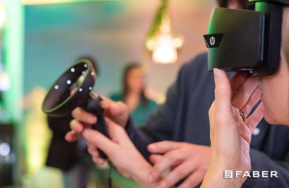 Un'utility user e mobile friendly porta le cappe Faber nei tuoi progetti di cucina
