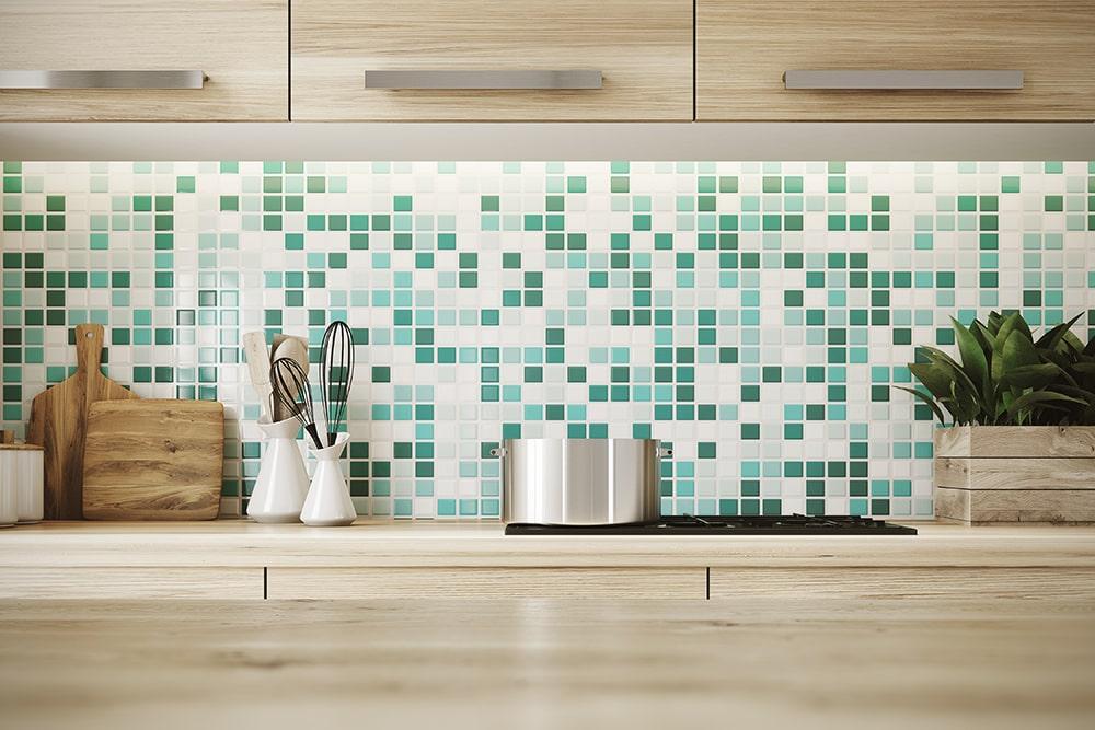Paraschizzi: come proteggere le pareti della cucina - Faber